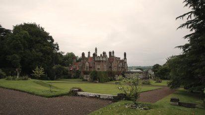 Catherine + Dafydd || Treberfydd House, Brecon