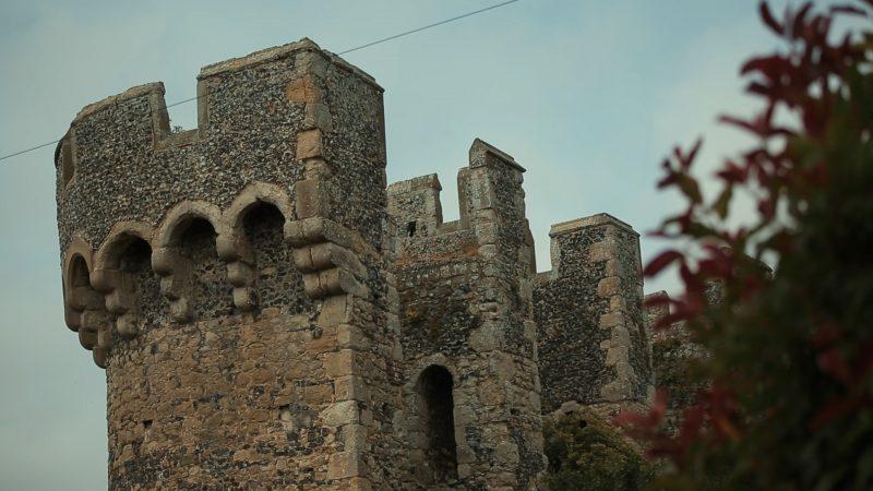Kayan + Luke || Cooling Castle Barn